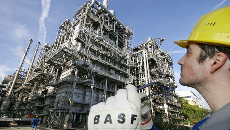 Auf Erholungskurs: Chemieunternehmen BASF zuletzt mit besseren Geschäften als im Vorjahresvergleich