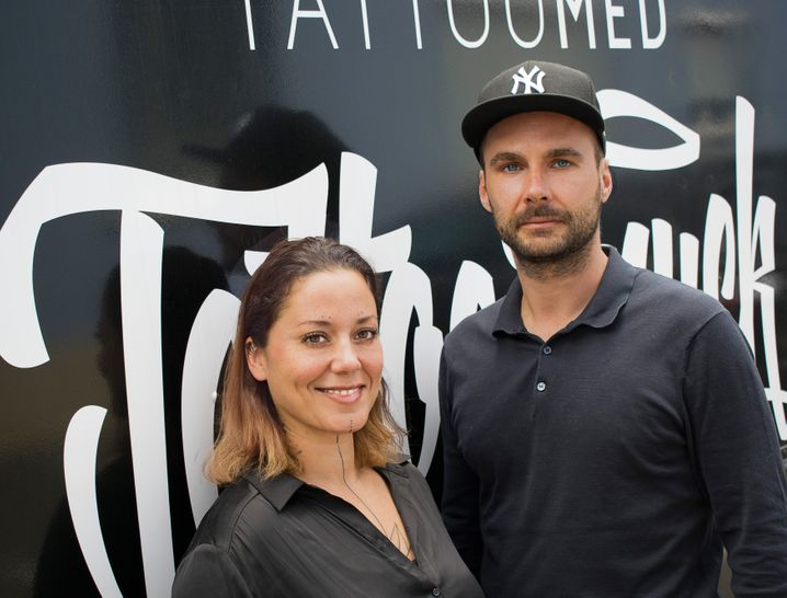 """""""TattooMed""""-Gründer Jenny Fischer und Janusz Hermann"""