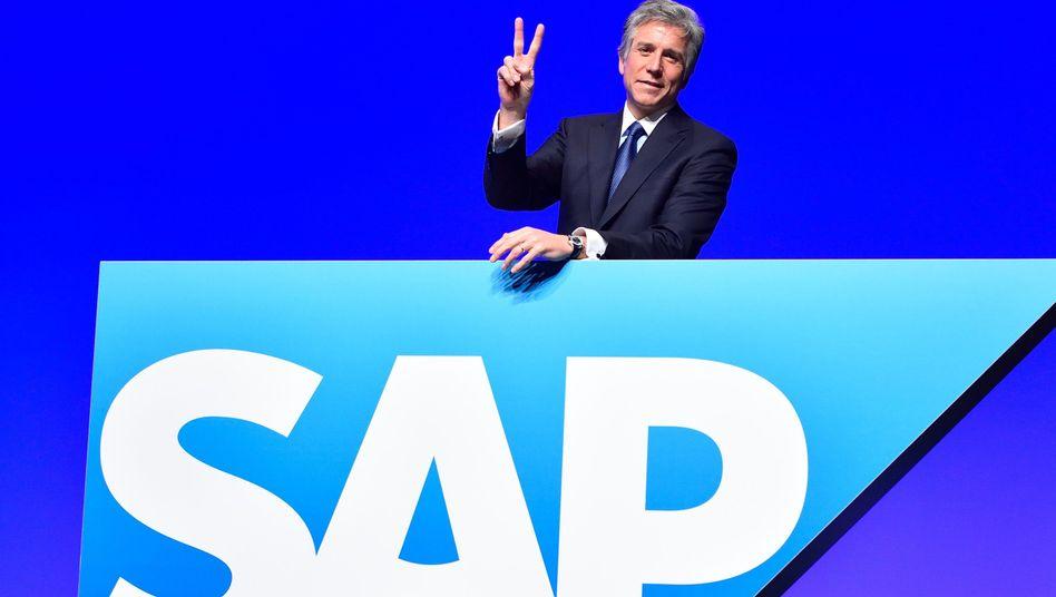 Zwei Jobs für einen: SAP-Chef Bill McDermott, auf der Hauptversammlung des Konzerns am 21. Mai in Mannheim - wie immer gut drauf.