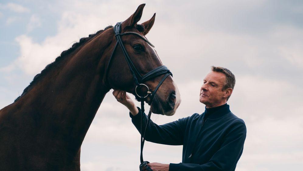 Ausnahmeerscheinung: Niek Jan van Damme auf dem Reiterhof seines Mannes
