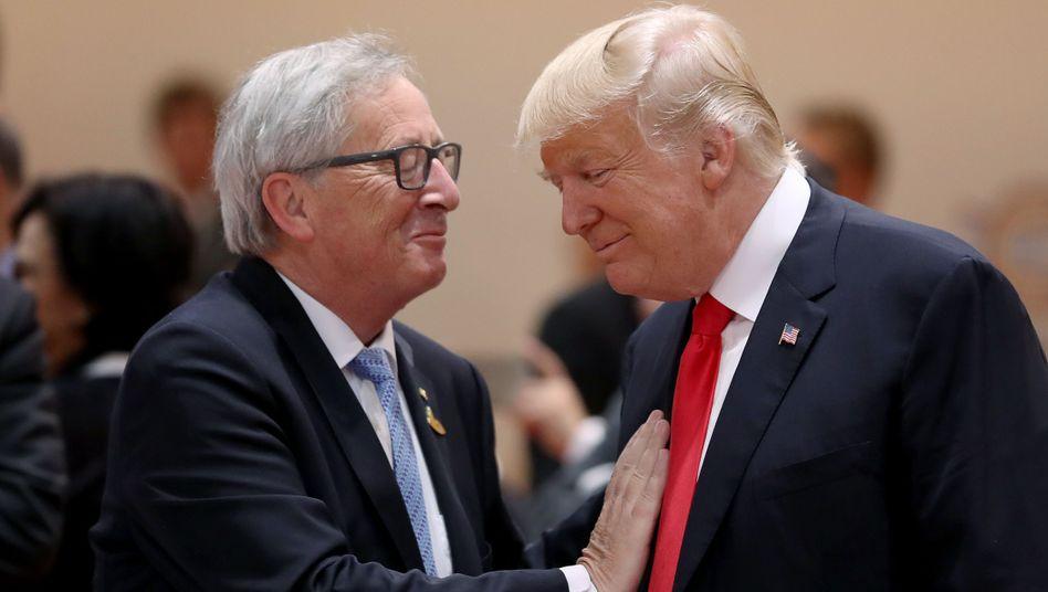 """""""Neue Phase enger Freundschaft und starker Handelsbeziehungen"""": US-Präsident Donald Trump und EU-Kommissionschef Jean-Claude Juncker"""