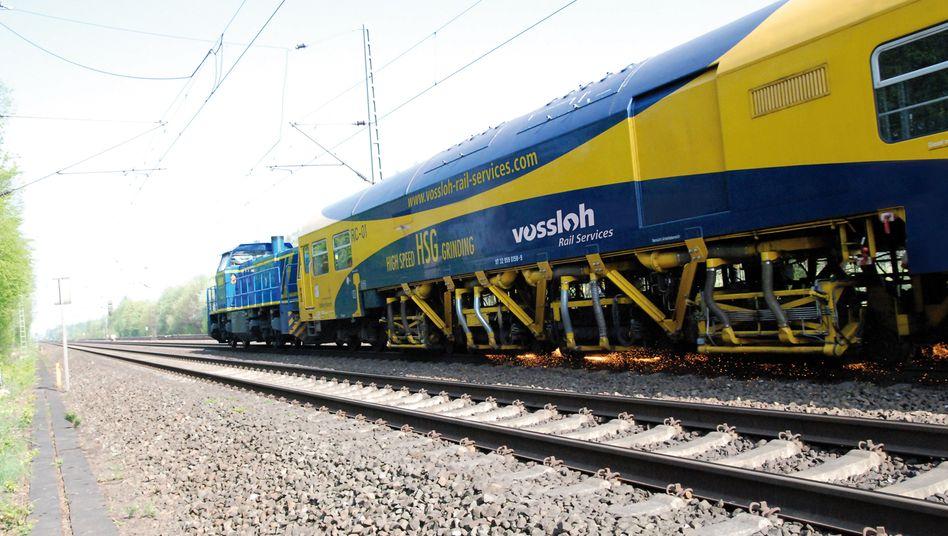 Will sich nicht aus der Spur drängen lassen: Der Verkehrstechnik-Konzern Vossloh fürchtet eine Übernahme und startet deshalb ein bemerkenswertes Aktienrückkaufprogramm