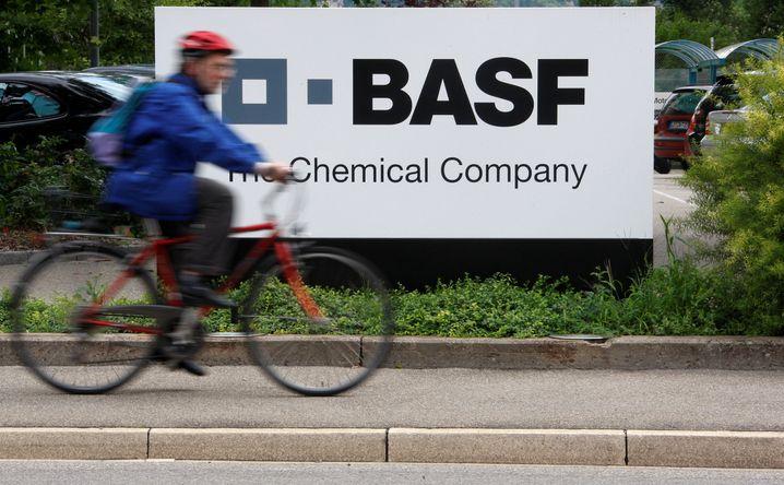BASF will Stellen abbauen: Am Stammsitz in Ludwigshafen haben bereits 1100 Mitarbeiter ein Abfindungsangebot angenommen