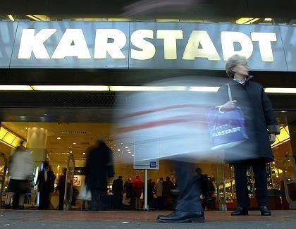 Vor einem entscheidenden Sanierungsschritt: KarstadtQuelle will die Logistiksparte an die Deutsche Post zu verkaufen