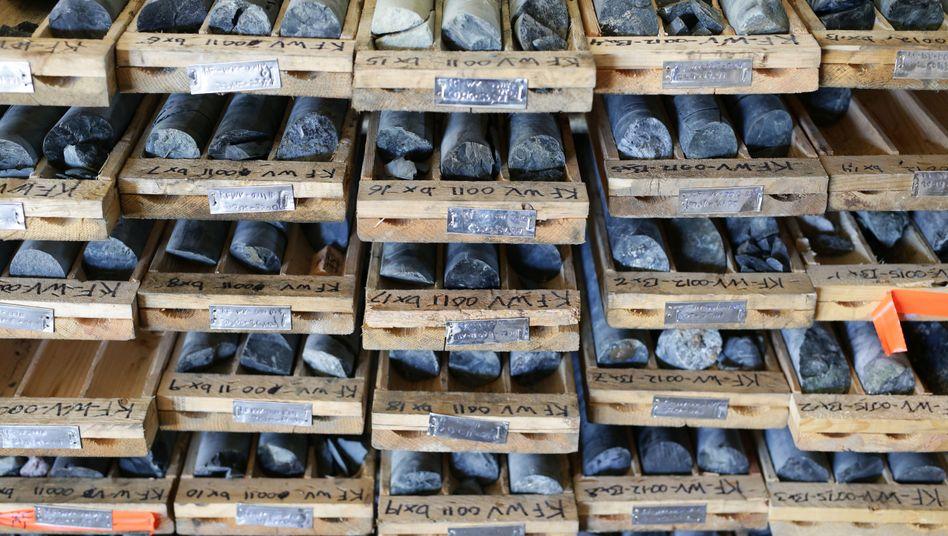 Kobalt-Proben: Die Knappheit des Metalls ist kein unüberwindliches Hindernis für Elektroautos, sagen Experten