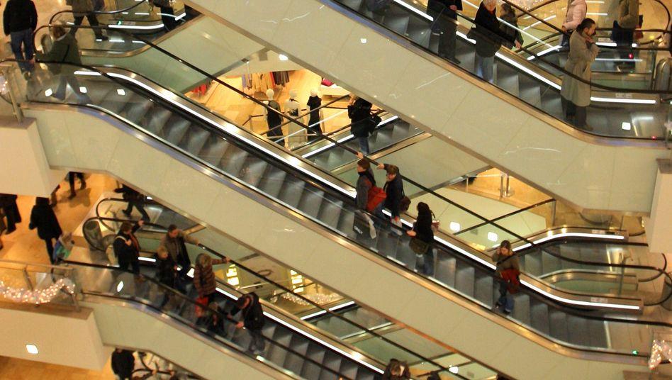 Einkaufzentrum in Leipzig: Aus deutscher Perspektive ist die Geldversorgung viel zu reichlich. Nicht nur der Export, auch Investitionen und Konsum treiben das Wachstum