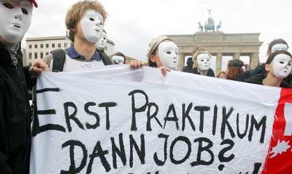 Unzufrieden: Teilnehmer einer Demonstration in Berlin