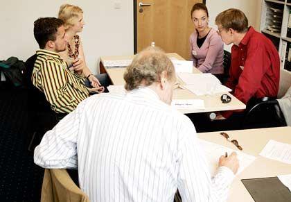 Mündliche Prüfung: In kleinen Runden wird die Eignung der Bewerber für einen Studienplatz der Bucerius Law School getestet
