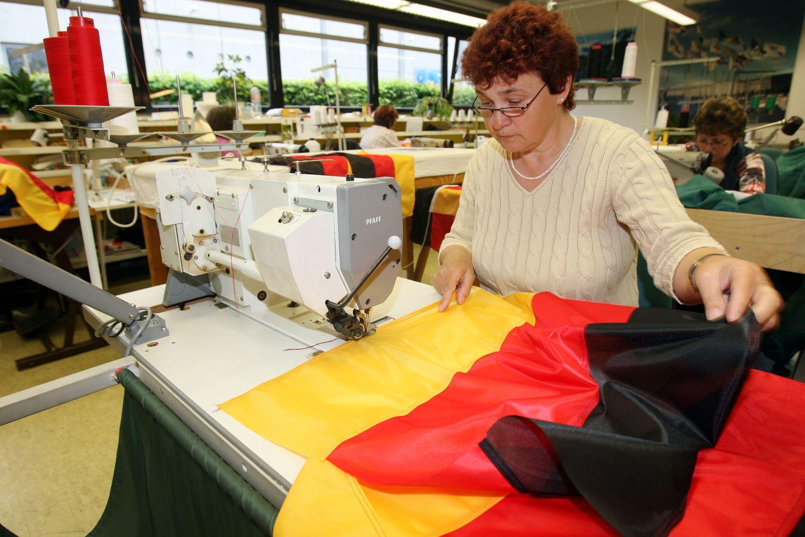 WM 2010 / Deutschlandflagge / FahnenFleck / Fahnenproduktion