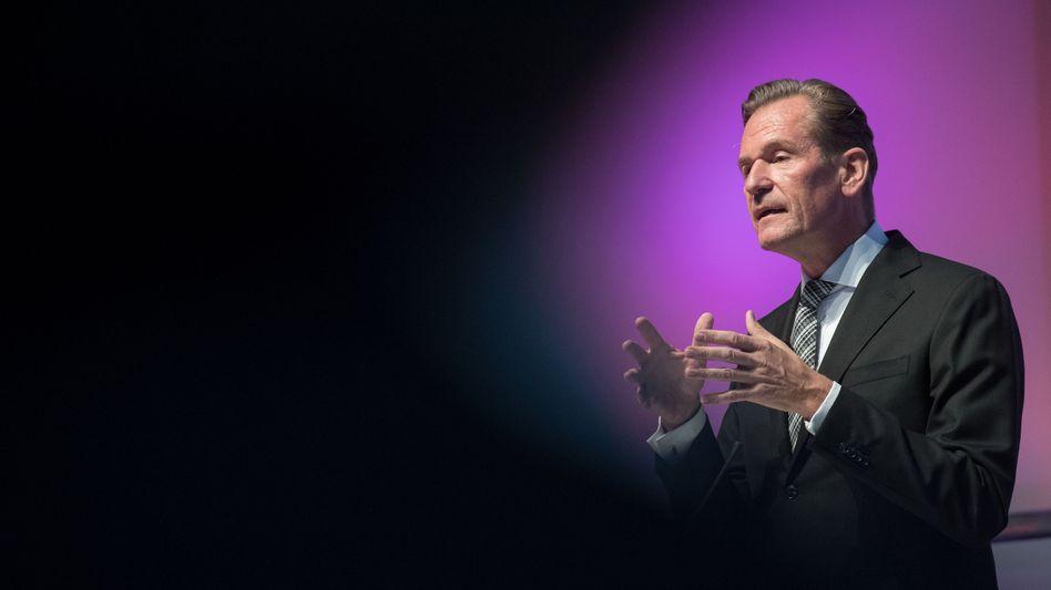 """""""AxelSpringerist mein Leben. Ich wollte immer den unruhigen Schlaf des Unternehmers und nie nur Manager sein"""" – Neu-Milliardär Mathias Döpfner."""