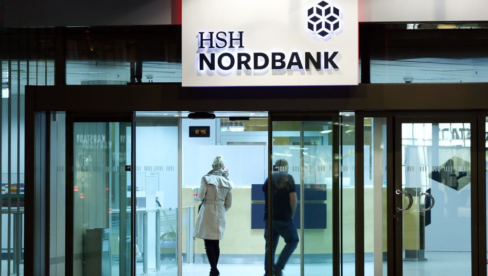 Kommen und Gehen: Bei der HSH Nordbank ist auch nach Jahren der Krise noch keine Ruhe eingekehrt