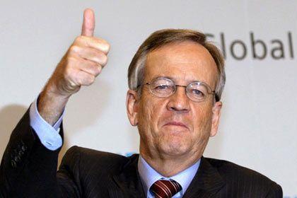 Daumen hoch: Siemens-Chefkontrolleur von Pierer bringt gute Nachrichten zur Hauptversammlung
