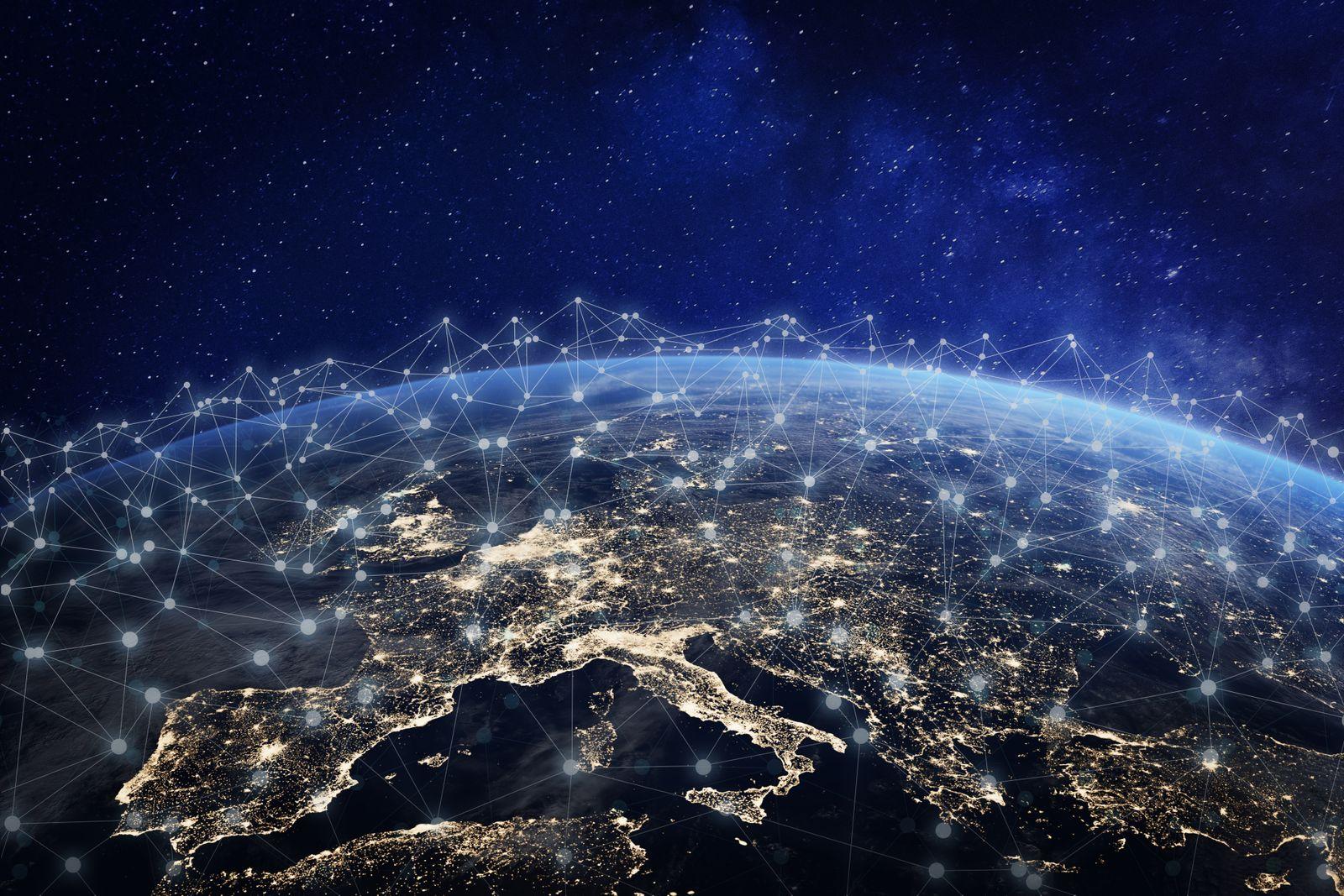 EINMALIGE VERWENDUNG Europa / Cloud / Netzwerk