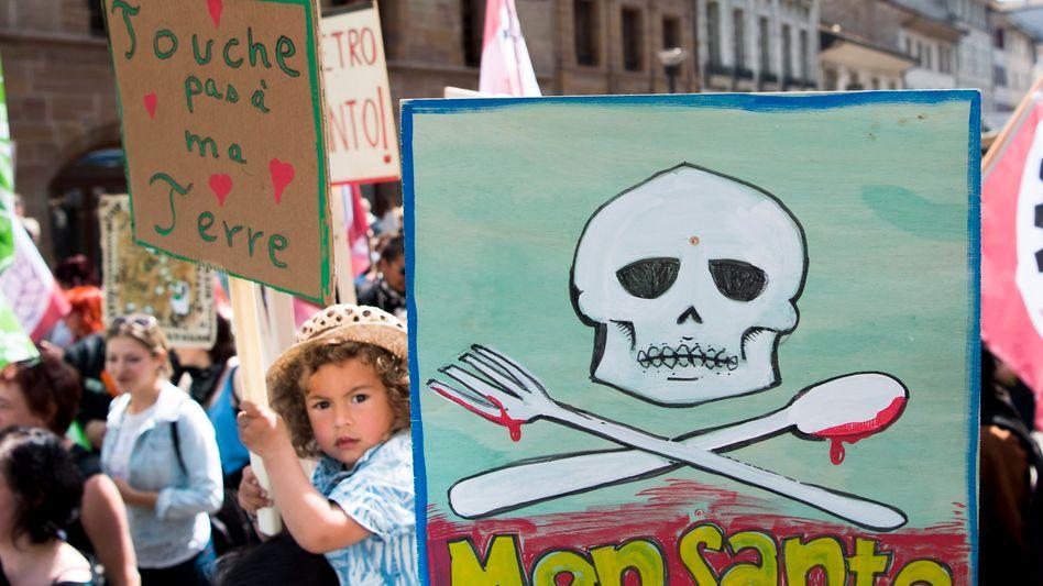 Das Image könnte besser sein: Demonstration gegen Monsanto vor wenigen Tagen in der Schweiz.