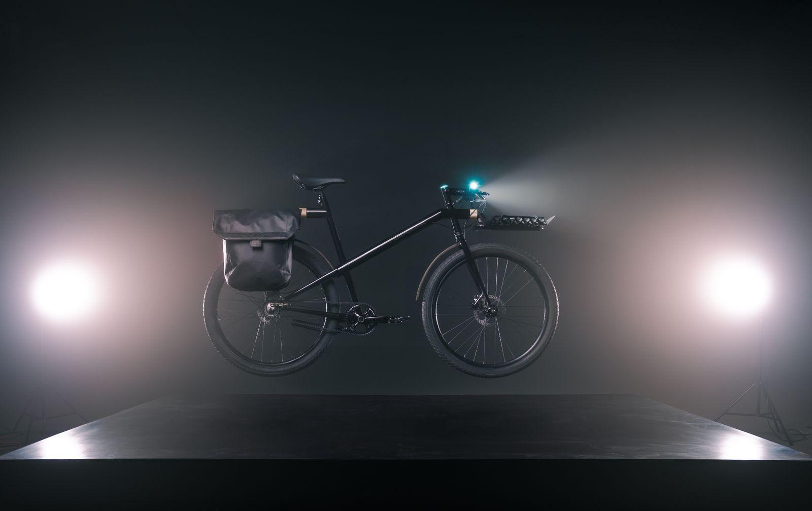 Chicago MNMLx Method Bicycle BLACKLINE