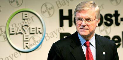 Erst den Sportteil, dann die Wirtschaftsnachrichten: Bayer-Chef Werner Wenning