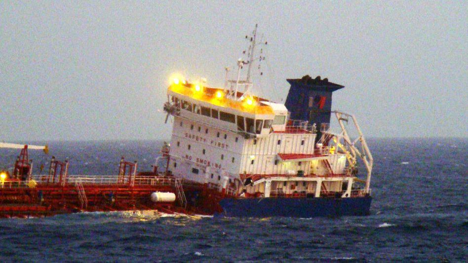 Tanker in Seenot: In Hamburg musste ein Schiffsfondsemittent Insolvenz anmelden