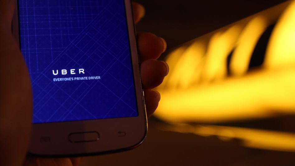 Erbitterter Kampf: Taxi-Fahrer wehren sich weltweit gegen den Fahrdienst Uber
