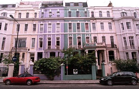 Notting Hill: Absurd hohe Hypotheken auf windschiefe Reihenhäuser