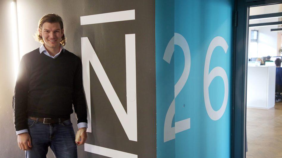 Valentin Stalf, Mitgründer der Bank N26: Erneute Kundenbeschwerden kommen zur Unzeit