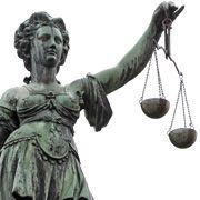 Ruf nach Gerechtigkeit: Ein Gericht soll die Fehler der Ratingagenturen klären