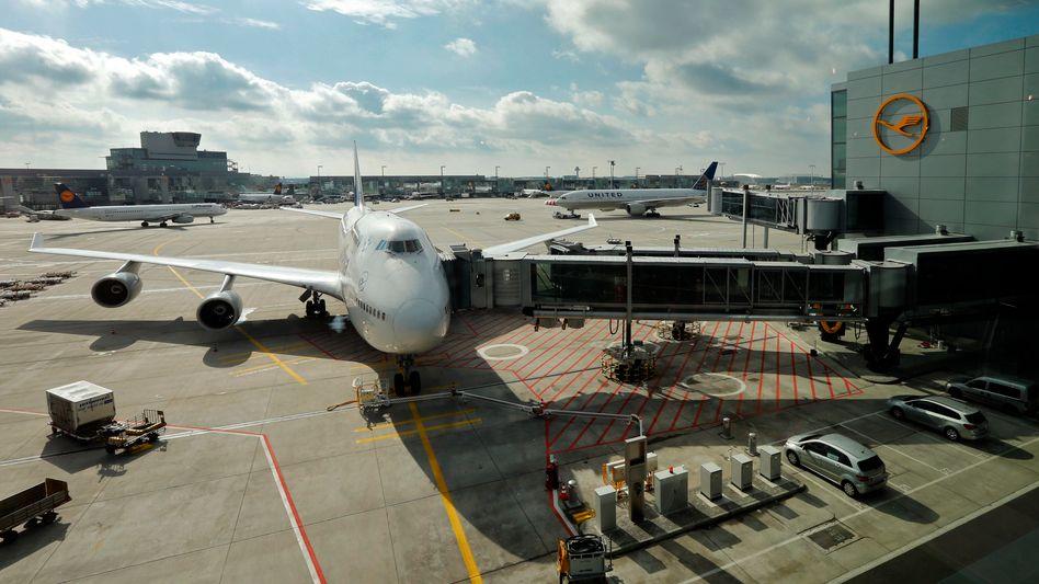 Eine Boeing 747 auf dem Frankfurter Flughafen: 57,5 Millionen Passagiere im Jahr 2012