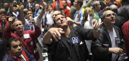 Händler an der Börse in Chicago: EU-Ratspräsidentschaft gegen weltweite Finanzmarktsteuer
