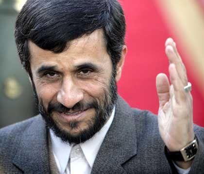 """""""Wir werden nicht nachgeben"""": Irans Präsident Mahmoud Ahmadinejad versetzt die Welt in Sorge"""