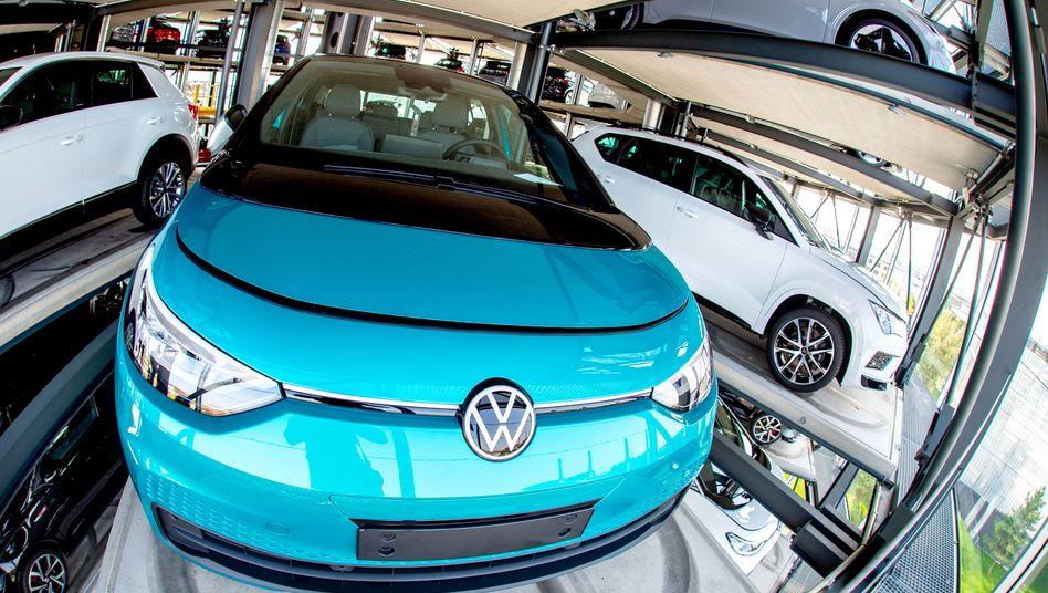 Zu spät gestartet: Das Elektroauto VW ID.3 sollte auch den CO2-Flottenwert für 2020 senken, kam aber erst im September auf den Markt