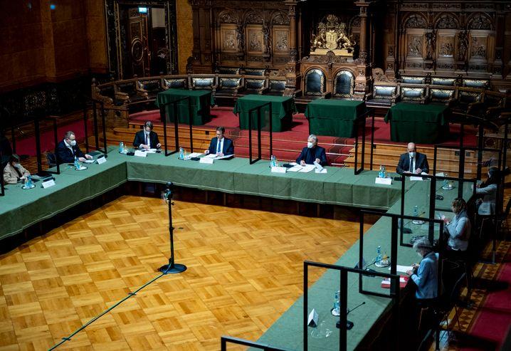 Muss nun aufklären: Der Untersuchungsausschuss in Hamburg
