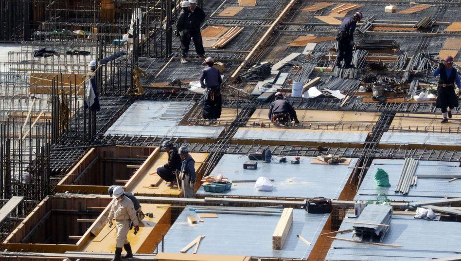 Baustelle in Tokio: Wachstum, aber viel zu schwach
