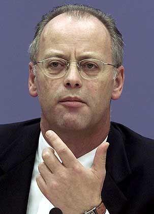 Schweigt zu den Vorwürfen: Rudolf Scharping