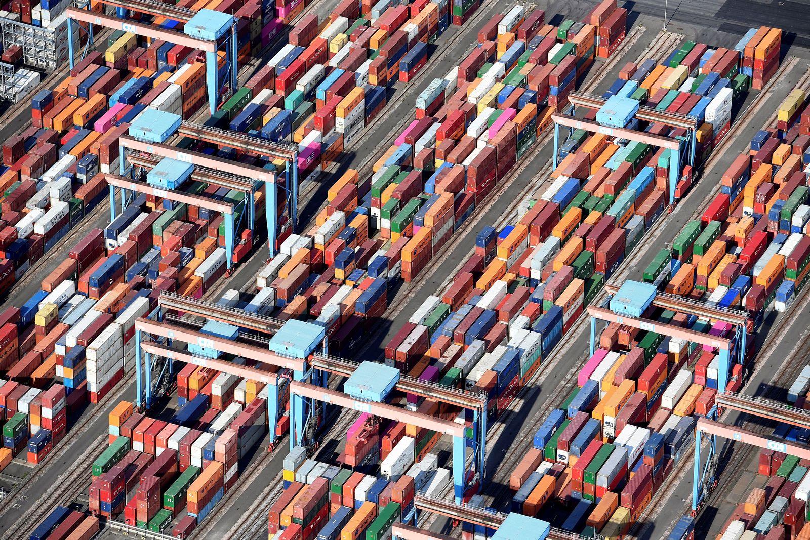 Deutschland / Container Hamburg / Konjunktur / Export Import / Wirtschaft