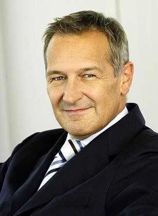 """O2-Chef Rudolf Gröger:""""Wer nur daran denkt möglichst viele Handys zu verkaufen, denkt zu kurz. Denn es muss da draußen auch Leute geben, die meine Handys bezahlen können."""""""