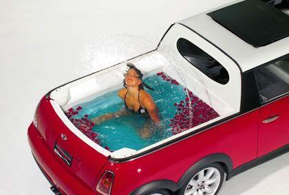 Ein Hauch von Badeanstalt: Der Whirlpool des Mini XXL