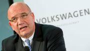 VW-Betriebsratschef bereitet Belegschaft auf Einschnitte vor