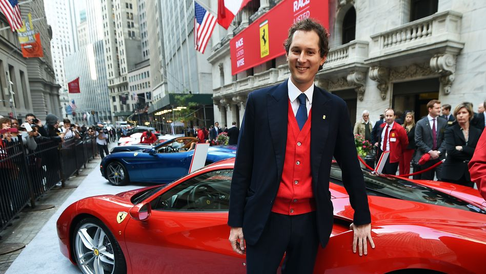 Interims-Maestro: Agnelli-Spross John Elkann ist nach dem plötzlichen Rücktritt von CEO Camilleri vorübergehend Ferrari-Chef