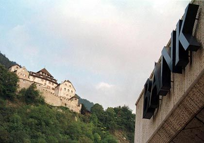 Nicht mehr ganz so feste Burg: Schloss Vaduz, der Amtssitz des Fürsten