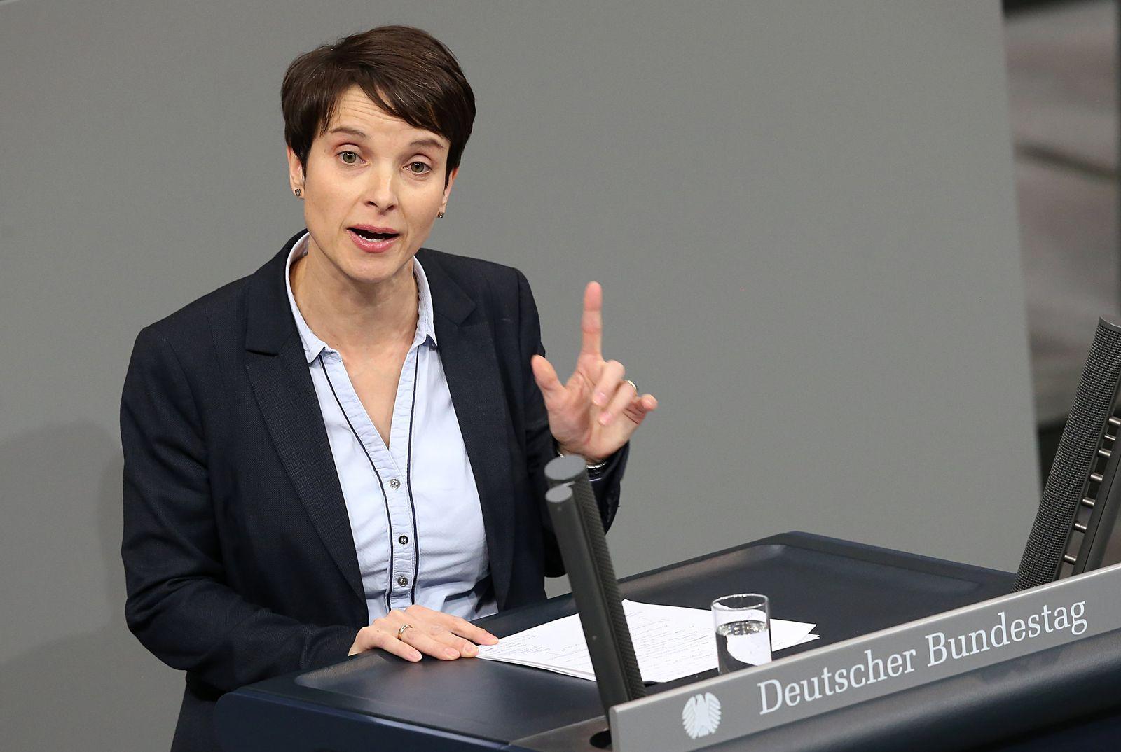 Politische Gewinner, Verlierer, Achterbahnfahrer/ Frauke Petry