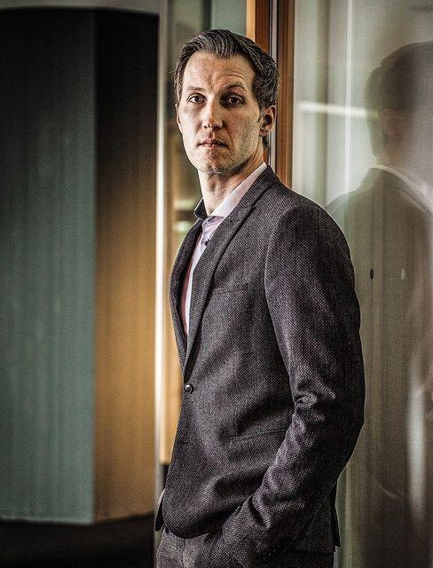 Jungstar: Diplomsozialmanager Daniel Terzenbach stieg mit nur 38 Jahren in den Vorstand der Arbeitsagentur auf, wo er das operative Geschäft verantwortet. Seit Corona sammelt er draußen bei den Kunden mehr Lob ein als je zuvor.