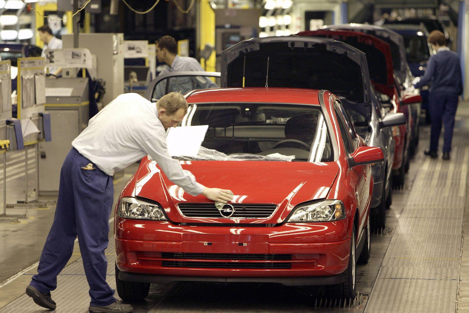 EINMALIGE VERWENDUNG Werk Opel Astra in Polen