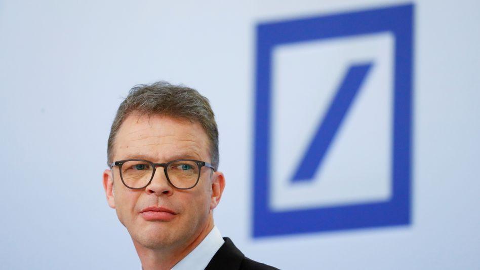 Deutsche-Bank-Chef Christian Sewing: Konzernumbau schreitet voran