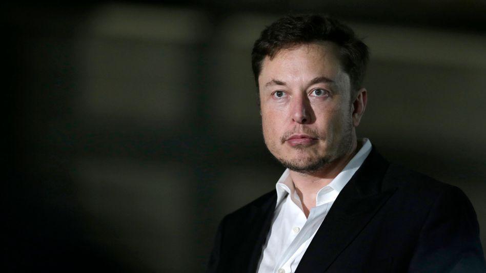 Zwangsräumung: Elon Musk darf für drei Jahre nicht mehr Chairman von Tesla sein.