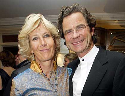 Die Moderatorin: Gabriele (mit Ehemann Florian Langenscheidt) achtet auf Harmonie, gleicht Interessen aus