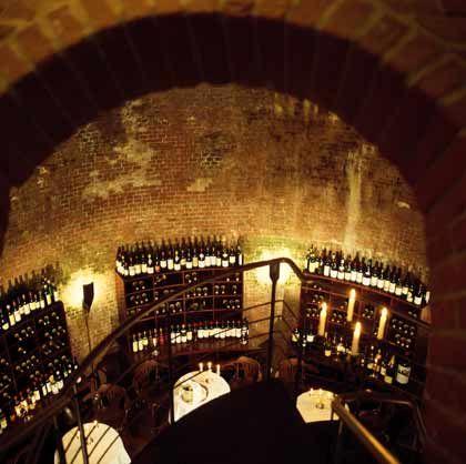 Wein statt Eis: Der historische Eiskeller des Louis C. Jacobs dient heute als Lager für die edelsten Tropfen