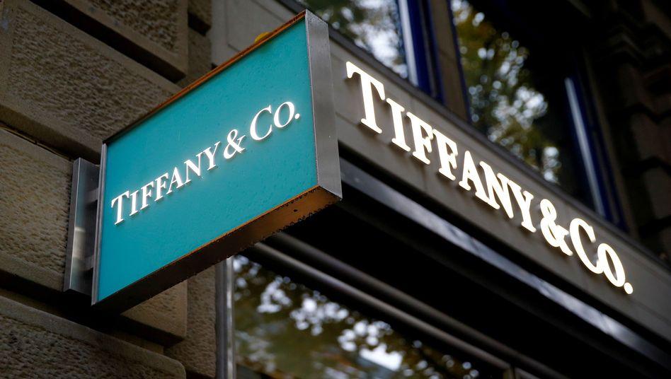 Tiffany-Schild: Die Geschäfte mit Schmuck und Juwelen leiden unter der Corona-Krise.