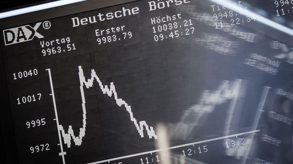 """Rauf und runter: """"Man meint, dass man mehr weiß als alle anderen - obwohl alle aktuellen Informationen, die im Anlageuniversum herumschwirren, bereits im aktuellen Kurs enthalten sind"""", sagt Martin Weber"""