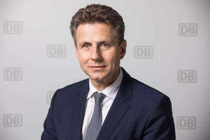 Alexander Doll, Finanzvorstand bei der Deutschen Bahn, lehnt einen freiwilligen Rückzug ab
