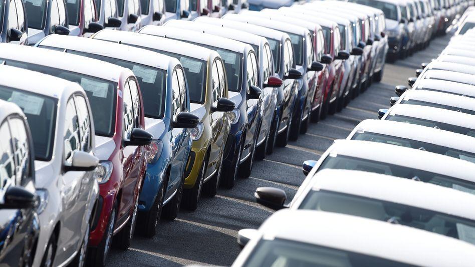 """Rollt schon wieder: Die Autohersteller kamen besser durch die Coronakrise als erwartet, zeigt der """"Global Automotive Outlook"""" von Alixpartners"""