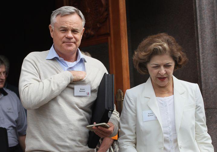 """""""Es war ein Spiel"""": Koos Bekker (hier mit Ehefrau Karen) ist der Kopf hinter Naspers."""